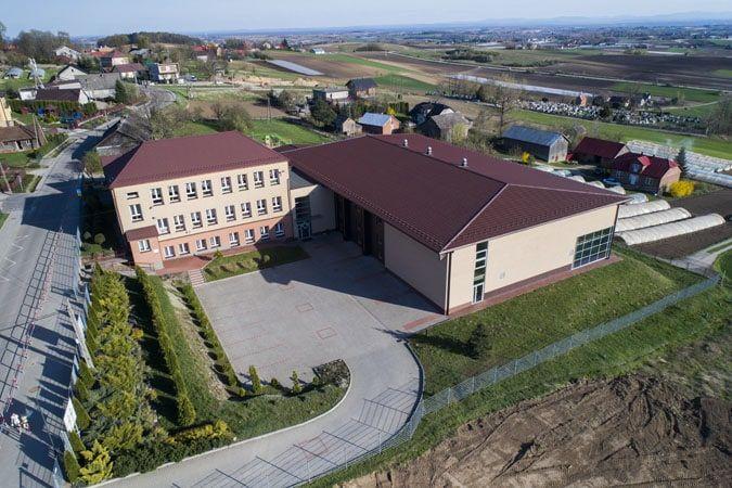 Szkoła w Koniuszy